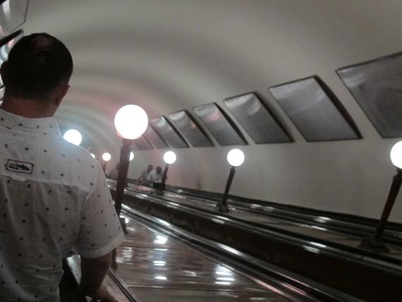 Московский метрополитен потребовал миллиард рублей с рекламного подрядчика